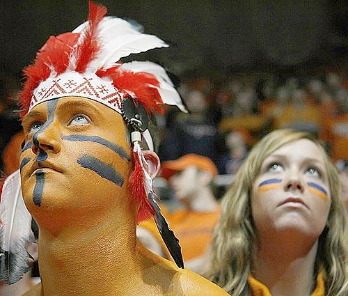 Fans of Chief Illiniwek